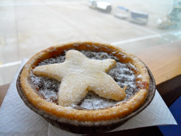 Caffe Nero mince pie City Airport