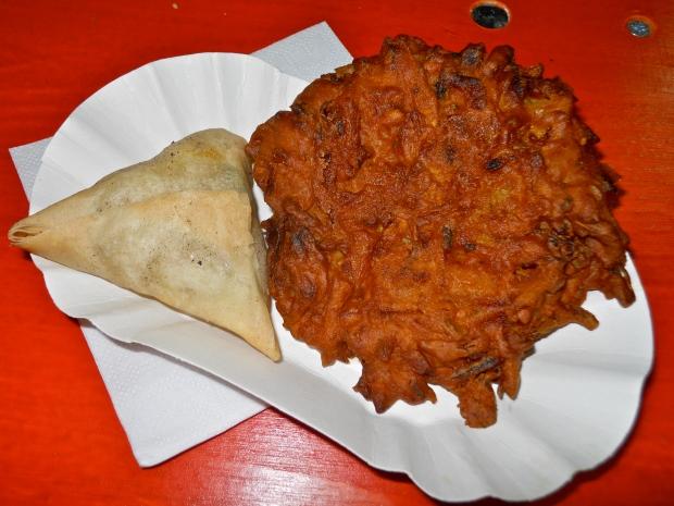 Pakistan samosa and bhaji