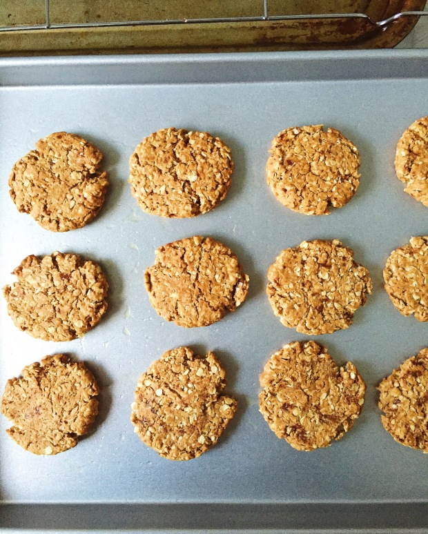 Vegan Anzac biscuits